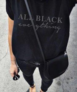Стилни уроци: Как да носим тениските с надписи
